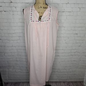 Vintage 70's Pink Union Made Night Gown Pjs
